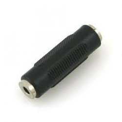 Adaptor from stereo 3.5mm socket to 3.5mm stereo socket